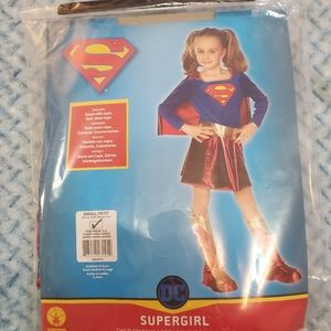 Supergirl Child's Costume (Size Small 3-4 Years)